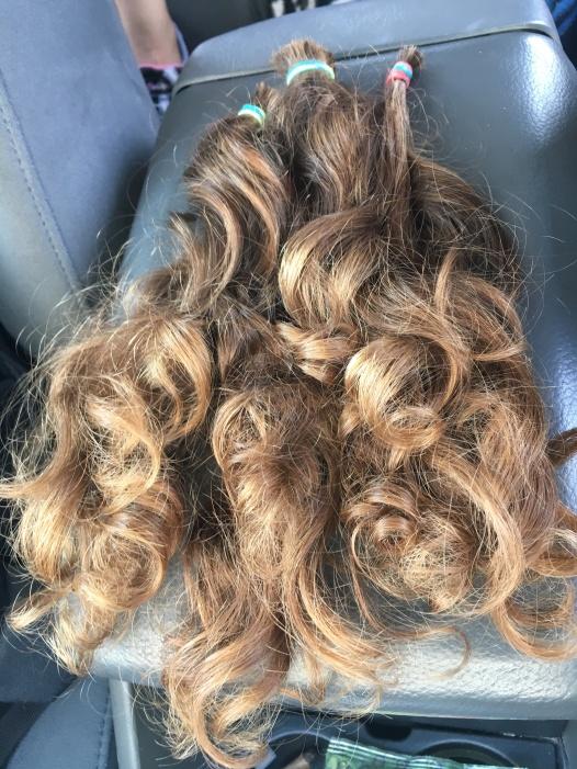 Two feet of curls